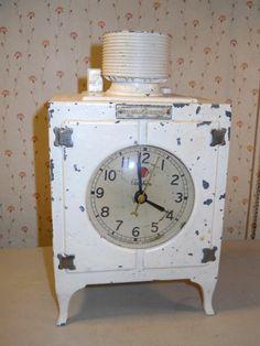Vintage 1930s General Electric Monitor Top Electric Telechron Refrigerator Clock