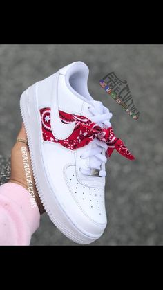 Pin by clarissa on sneakers in 2019 shoe boots, nike shoes, Jordan Shoes Girls, Girls Shoes, Ladies Shoes, Shoes Women, Nike Shoes Men, Nike Shoes Outfits, Girls Sandals, High Heels Boots, Shoe Boots