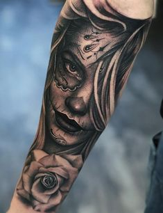 awesome Day of the Day tattoo ideas © tattoo artist Denis Casella ❤👑❤👑❤👑❤👑❤👑❤ Day Of The Dead Skull Tattoo, Skull Girl Tattoo, Girl Face Tattoo, Neck Tattoo For Guys, Cool Tattoos For Guys, Skull Tattoos, Body Art Tattoos, Forarm Tattoos, Chicano Tattoos