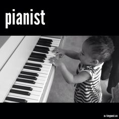 pianist Le Piano, Music Instruments, Artist, Kids, Black N White, Young Children, Boys, Musical Instruments, Artists