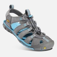 Keen Women's Clearwater CNX Sandals Size In Gargoyle/Norse Blue Walking Shoes, Blue Fashion, Fashion Advice, Sport Outfits, Footwear, Kawaii, Sneakers, Shoes Women, Keep Running