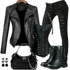 Outfits Someday I will own a leather jacket Trees matter to the look of your home. Edgy Outfits, Mode Outfits, Fall Outfits, Fashion Outfits, Womens Fashion, Fashion Trends, Biker Outfits, Batman Outfits, Biker Chick Outfit