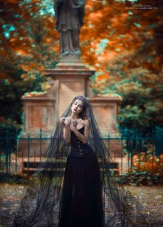 Gothic beauty by Margarita Kareva Gothic Photography, Halloween Photography, Fashion Photography, Amazing Photography, Dark Beauty, Gothic Beauty, Halloween Fotografie, Margarita, Modelos Fashion