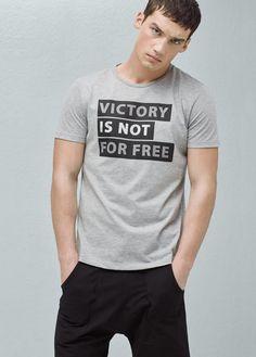 dd5d2077f49f T-shirts pour Homme 2019 · Mens Half SleeveHalf SleevesHang TenTee DesignCool  TeesSleeve StylesMens TeesMen ClothesFasion