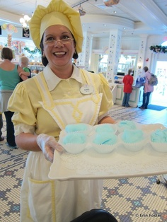 Free Stuff at Disney World, great tips for anyone planning a visit! Resourceful!