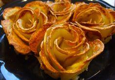 4. Schäle die kleinen Kartoffeln und schneide sie in dünne Scheiben von ca. 2-3 mm Dicke. (eatandrelish.com) 5. Gebe sie in eine Schüssel und füge Olivenöl, Salz und Pfeffer hinzu. 6. Fette die Muffinform ein und gib das zuvor bereitete Kartoffelpüree hinein. Stecke jetzt die Kartoffelscheiben hinein, so dass sie wie Blütenblätter aussehen. 7. Stellen Sie die Form in den auf 180°C-vorgeheizten Ofen und backe sie für etwa 45 Minuten. Lass es Dir schmecken!