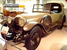La Simplex Crane model S Touring 7 pass, cette automobile ancienne fut construite en 1916 à 121 Simplex exemplaires pour 1916 vendu $7500, c...