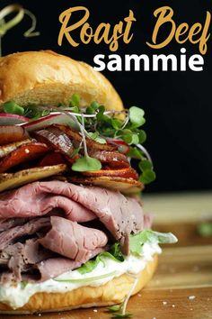 Looking to up your sandwich game? Check out this amazingly delicious Roasted Beef Sandwich Recipe with Horseradish Cream! Looking to up your sandwich game? Check out this amazingly delicious Roasted Beef Sandwich Recipe with Horseradish Cream! Croissant Sandwich, Sandwich Bar, Deli Sandwiches, Roast Beef Sandwiches, Sandwich Recipes, Sandwich Ideas, Burger Ideas, Vegan Sandwiches, Lunch Recipes