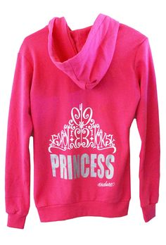 I love the design of this hoodie and the fact that the different race distances are hidden in the crown.  #Endure #runner #gifts