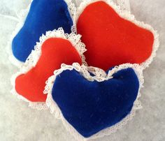 Various christmas velvet hearts 6 pieces by KatarinasChouse Velvet Heart, Hearts, Creative, Christmas, Handmade, Etsy, Vintage, Navidad, Hand Made