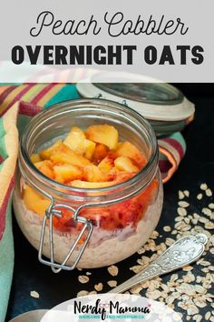 Maybe you should just go on and enjoy this recipe for the Peach Cobbler Overnight Oats. Healthy Make Ahead Breakfast, Make Ahead Breakfast Casserole, Delicious Breakfast Recipes, Sweet Breakfast, Brunch Recipes, Breakfast Ideas, Yummy Recipes, Healthy Recipes, Bean Recipes