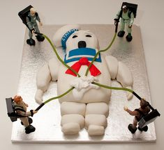 Kayla is MAJORLY into Ghostbusters right now. This would be awesome for our next halloween party. A ghostbusters theme. Crazy Cakes, Fancy Cakes, Cute Cakes, Pink Cakes, Beautiful Cakes, Amazing Cakes, Cake Cookies, Cupcake Cakes, Man Cupcakes