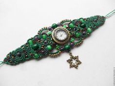 """Купить Часы-браслет """"Виноградная лоза"""" - зеленый, микромакраме, Макраме, макраме браслет"""
