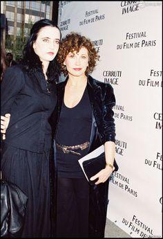 Eva Green et sa maman Marlène Jobert à Paris le 19 janiver 1999.