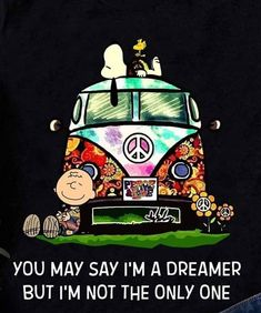 everything that brings a smile to my face Hippie Peace, Happy Hippie, Hippie Life, Hippie Art, Charlie Brown Quotes, Charlie Brown And Snoopy, Peanuts Cartoon, Peanuts Snoopy, Snoopy Pictures