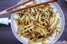 Fotorecept: Pikantné zelené fazuľky po čínsky Thing 1, Ale, Spaghetti, Ethnic Recipes, Food, Ales, Meals, Yemek, Noodle