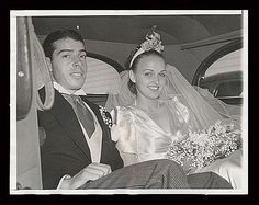 New York Yankee center fielder Joe DiMaggio was married to actress Dorothy Arnold 1939-1941. In 1954 he was married to Marilyn Monroe for 274 days.  After she died he had half a dozen roses delivered 3 times a week to her crypt for 20 years. (News Service Photograph)