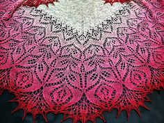 Many thanks Arya9 for sharing the beautiful picture with us! Welcome to participate in Amitola Lace Shawl - HiyaHiya Free & Fun KAL_Oct/Nov2017_B at http://www.ravelry.com/discuss/hiyahiya-patterns-kal/3685280/1-25 Here is a picture of Amitola Lace Shawl knitted by Arya9! You can see more pictures of Amitola Lace Shawl which knitted by Arya9 at http://www.ravelry.com/projects/Arya9/amitola-lace-shawl