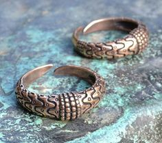 Hey, I found this really awesome Etsy listing at https://www.etsy.com/listing/188501994/viking-ring-orupgard-denmark-bronze
