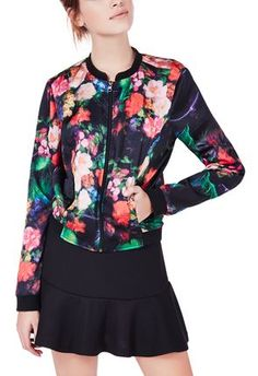 I adore this floral bomber! so great for spring! #justfabapparel