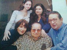 نور وبوسى مع مى وسارة ووالدة بوسى Couples Couple Photos Photo
