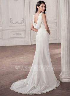 Trumpet/Mermaid V-neck Court Train Chiffon Wedding Dress With Ruffle Bow(s) (002059199)
