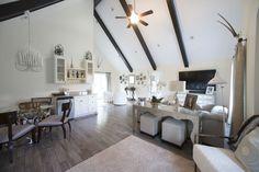 photo by Med Dement  #interiordecor #openspace #livingroom #airy #homedecor #decor #design #glamour