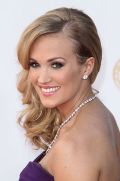 Carrie Underwood - Arrivals at the 65th Annual Primetime Emmy Awards