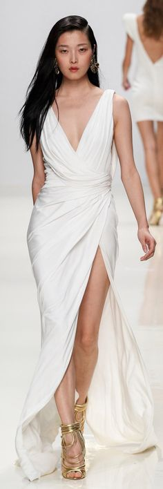 Valentin Yudashkin SS 2014 - long white evening gown jαɢlαdy