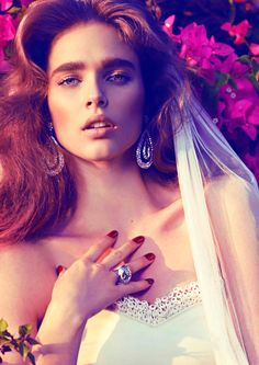 HUNTER & GATTI - Branding and advertising in fashion: VOGUE SPAIN BRIDES with Begee