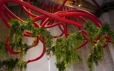 kunstinstallationen pflanzen alexis tricoire röhren chaos