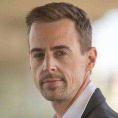 Tim McGee. Hot damn he's sexy when he's scruffy!
