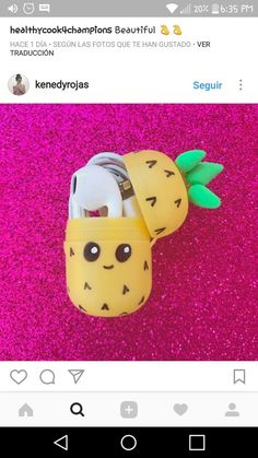 Pineapple and headphones-Ananas und Kopfhörer Pineapple and headphones - Cute Crafts, Easy Crafts, Diy And Crafts, Easy Diy, Crafts For Kids, Summer Diy, Summer Crafts, Diy Back To School, Ideias Diy