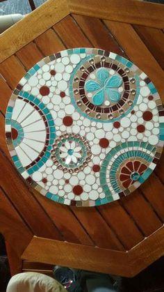 Mosaic Tile Art, Mosaic Pots, Mosaic Artwork, Mosaic Diy, Mosaic Crafts, Mosaic Projects, Mosaic Designs, Mosaic Patterns, Vitromosaico Ideas