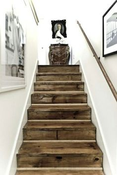 Inspiration to go white GORGEOUS reclaimed barn wood stairs.I love the look of stark white agains a knotted, brown wood in a distressed nature. Post on all different ways to use reclaimed barn wood or recycled wood in your home decor. Style At Home, Wooden Stairs, Rustic Stairs, Pallet Stairs, Pallet Wood, Hardwood Stairs, Hardwood Floors, Rustic Basement, Pallet Beds