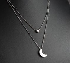 Silver Moon and Star Layered Necklace, Dainty Necklace, Delicate Fine Chain, Silver Crescent Moon and Star door PollyAJewellery op Etsy https://www.etsy.com/nl/listing/208149005/silver-moon-and-star-layered-necklace