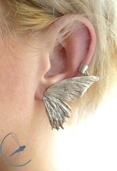 Butterfly wing (medium size) - silver earring - Silver Chamber - Unique jewellery & accessories made by artists