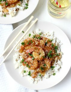 Dinner for Two: Honey Garlic Teriyaki Shrimp Minutes!) - perfectly portioned for couples, this is a great, healthy recipe when you need dinner in a pinch! ideal for the work-week, and you only need SIX ingredients to make it happen :) Healthy Meals For Two, Healthy Eating, Healthy Recipes, Easy Meals, Clean Eating, Junk Food, Teriyaki Shrimp, Teriyaki Sauce, 15 Minute Meals