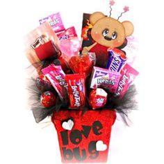 Love the box! Valentines Day Baskets, Valentine Gifts For Kids, Valentine Day Crafts, Valentine Ideas, Printable Valentine, Homemade Valentines, Valentine Cookies, Valentine Box, Easter Cookies