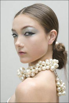 #Chanel 2013 #metallic #eye #runaway look ❤ the neckless