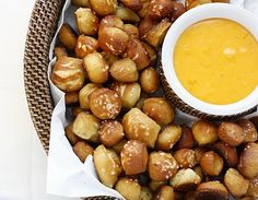 What Megan's Making (Recipes) Soft Pretzel Bites - perfect game day food! Appetizer Recipes, Snack Recipes, Cooking Recipes, Snacks, Appetizers, What's Cooking, Yummy Recipes, I Love Food, Good Food