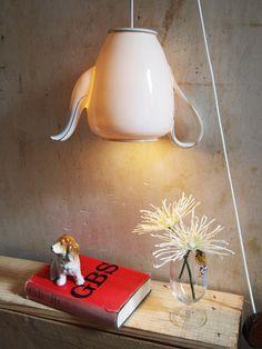 Originelle Hängelampen aus einer Kaffeekanne / floating lamp, coffeepot by CarosLaedchen bei DaWanda