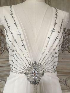 Jenny Packham 'Muse' £1200 #jennypackham #muse #preloved #prelovedweddingdress #weddingplanning # bridetobe #bride #wedding #weddingdress