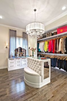 Effekt-Offener begehbarer Kleiderschrank System Luxus Ankleide Weiß