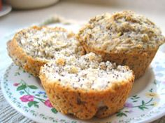 Lemon poppy seed muffins: vegan or ovo-lacto vegetarian muffin recipe, fancy enough for company, good for Sunday brunch, with soups or salads Vegetarian Muffins, Vegan Muffins, Vegetarian Recipes, Vegan Foods, Vegan Snacks, Vegan Desserts, Breakfast Pastries, Vegan Breakfast, Simple Muffin Recipe