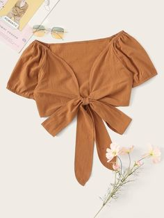 To find out about the Tie Front Crop Blouse at SHEIN, part of our latest Blouses ready to shop online today! Summer Outfits, Casual Outfits, Cute Outfits, Fashion Outfits, Cropped Tops, Orange Mode, Diy Vetement, Tie Front Crop Top, Orange Fashion