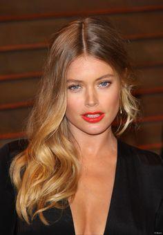 Doutzen Kroes affichait un maquillage lumineux à son arrivée au  Vanity Fair Oscar Party , le 2 mars dernier.