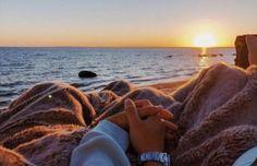 Image Couple, Photo Couple, Couple Goals Relationships, Relationship Goals Pictures, Couple Photography, Photography Poses, Dream Dates, Cute Date Ideas, Poses Photo