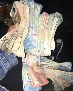 Money On My Mind, My Money, Way To Make Money, Make Money Online, Twenty One Pilots Art, Gold Reserve, Money Pictures, Money Bill, Money Stacks