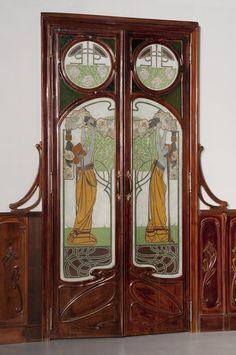 Luigi Fontana & C. Milan, Porta, 1902 ca., mahogany and glass paste. Genoa, Wolfsonian (Liberty)